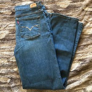 Levi's Perfectly Slimming Boot Cut 512